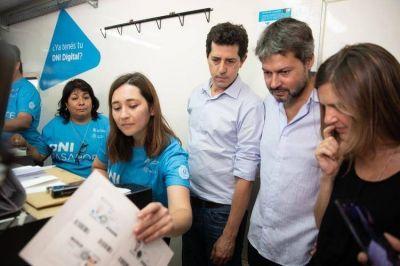 """""""Wado"""" de Pedro convocó a la unidad tras mostrarse con el intendente opositor Guillermo Montenegro"""