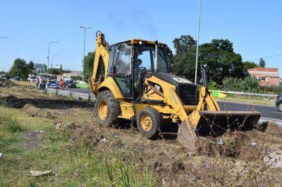 Hurlingham y Morón realizaron un operativo de limpieza en la Ruta 4
