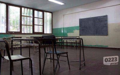 Con una inversión de $7 millones, Montenegro refuerza la compra de mobiliario para las escuelas