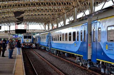 En un día se agotaron los pasajes del servicio adicional de trenes