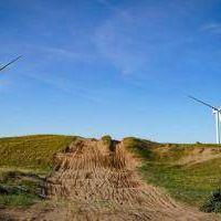Necochea: Genneia y Centrales de la Costa reciben desembolso para construcción de parque eólico