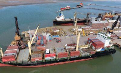 En Bahía, el intendente alerta posibles pérdidas en el puerto por la Impositiva