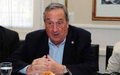 """Tandil: Concejal oficialista planteó congelar sueldos y el intendente dijo que era """"demagogia"""""""