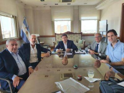 El ministro de Desarrollo Social, Daniel Arroyo, recibió al presidente de la DAIA, Jorge Knoblovits