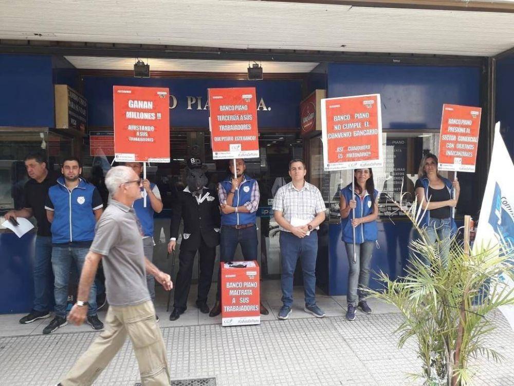 Banco Piano: Trabajadores en lucha exigen cumplimiento del convenio bancario