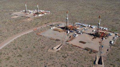 Vaca Muerta: Gobierno se reunirá con petroleras y gremios ante tensiones por despidos