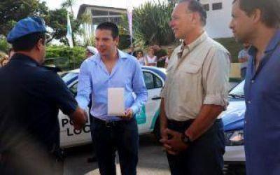 San Bernardo: Berni encabezó la entrega de diez móviles policiales