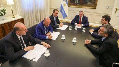 Alberto Fernández firmó con Santa Fe, Entre Ríos y Formosa un acuerdo por la deuda de la Anses