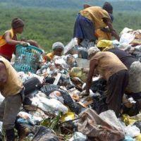 Escandalosa brecha entre ricos y pobres en el mundo, según Oxfam