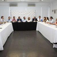 Cornejo reunió a la UCR y complicó el pliego de Rafecas en el Senado