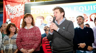 Melella revocó el convenio colectivo que había firmado Bertone y la acusa de plantarle 300 funcionarios