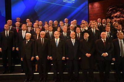 Gira presidencial: encuentro con víctimas judías de la última dictadura argentina y reunión con el presidente israelí