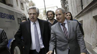 Como pide Fernández, Palazzo acordó una paritaria corta con suma fija
