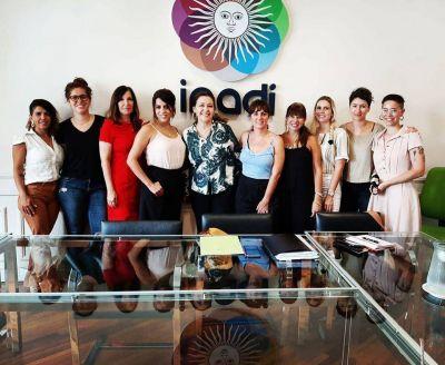 Aeronavegantes presentó su agenda de género a las autoridades de INADI