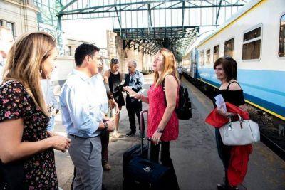 Con boletos vendidos hasta marzo, comenzaron a circular los trenes adicionales a Mar del Plata