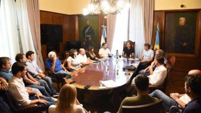 """Garro reunió a su gabinete con el eje puesto en potenciar un """"perfil más productivo"""" para la ciudad"""