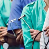 Médicos denuncian que los centros de atención primaria no reciben los insumos básicos