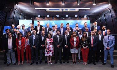 Moroni reunió a todos los ministros de Trabajo y habló de un Consejo Económico y Social para salir de la crisis