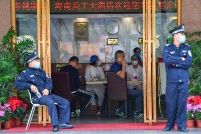 China elevó a 56 la cifra de muertos por el coronavirus