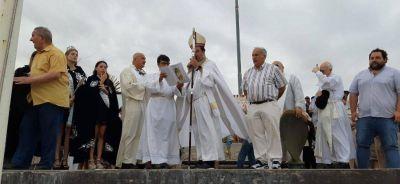 El obispo llamó a defender las fuentes de trabajo en el Puerto en el cierre de la Fiesta de los Pescadores