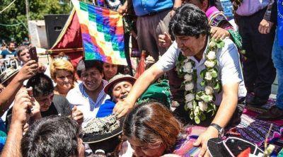 Evo Morales visitó Pilar y sintió el acompañamiento de la colectividad boliviana