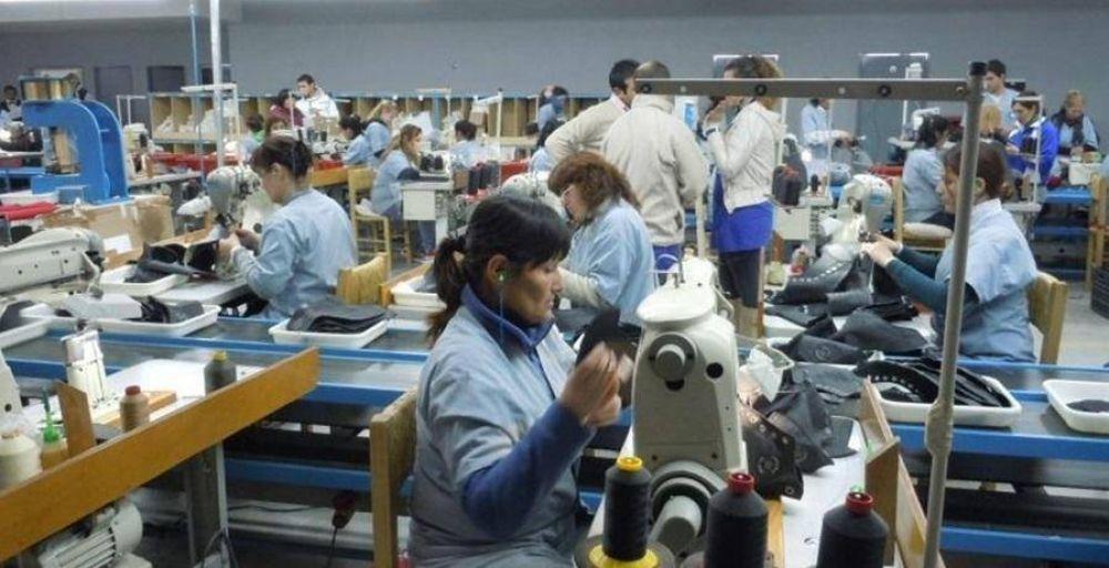 Nike amaga con irse del país y hay preocupación en la industria del calzado