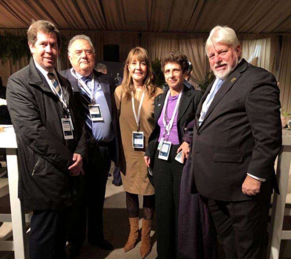 El presidente del Congreso Judío participó en la conmemoración en Yad Vashem