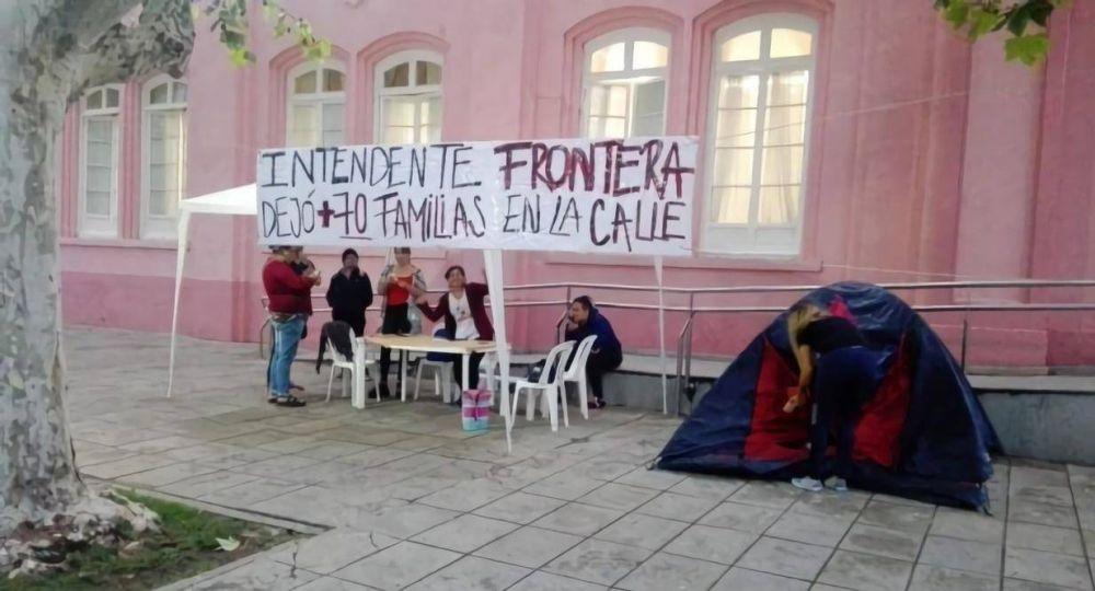 Denuncian violencia de género en 60 despidos municipales en San Luis