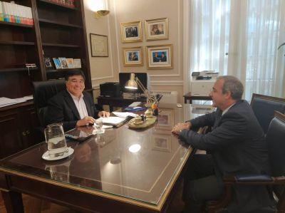 Importante encuentro entre Zannini y el titular de la AGAE