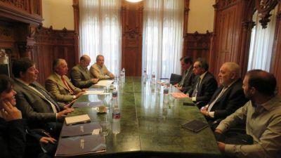 Alberto apuesta a la troika Scioli, Béliz y Solá para enderezar la relación con Brasil