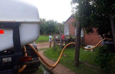 Posadas: siguen trabajando para proveer de agua a los barrios