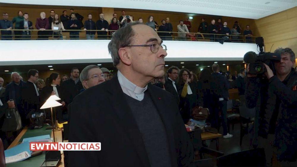 Vaticano: El Papa comunicará a su debido tiempo si acepta renuncia de Cardenal Barbarin