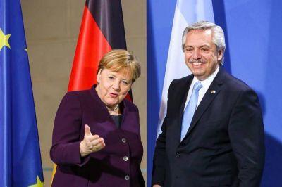Fernández le pidió a Merkel