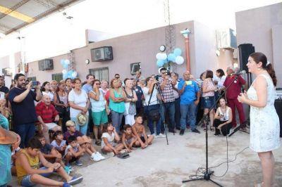 Mariel Fernández reinauguró el CAPS Los Paraísos: