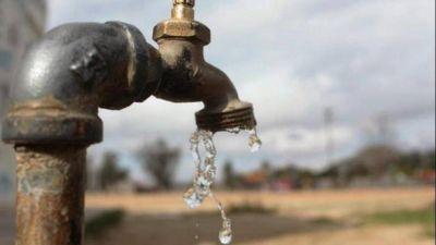 La Plata: Aseguran que el agua no es apta para el consumo humano