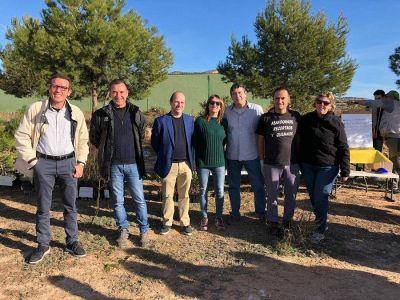 El II Congreso de Residuos de Aparatos Eléctricos y Electrónicos planta 500 arboles para compensar su huella de carbono