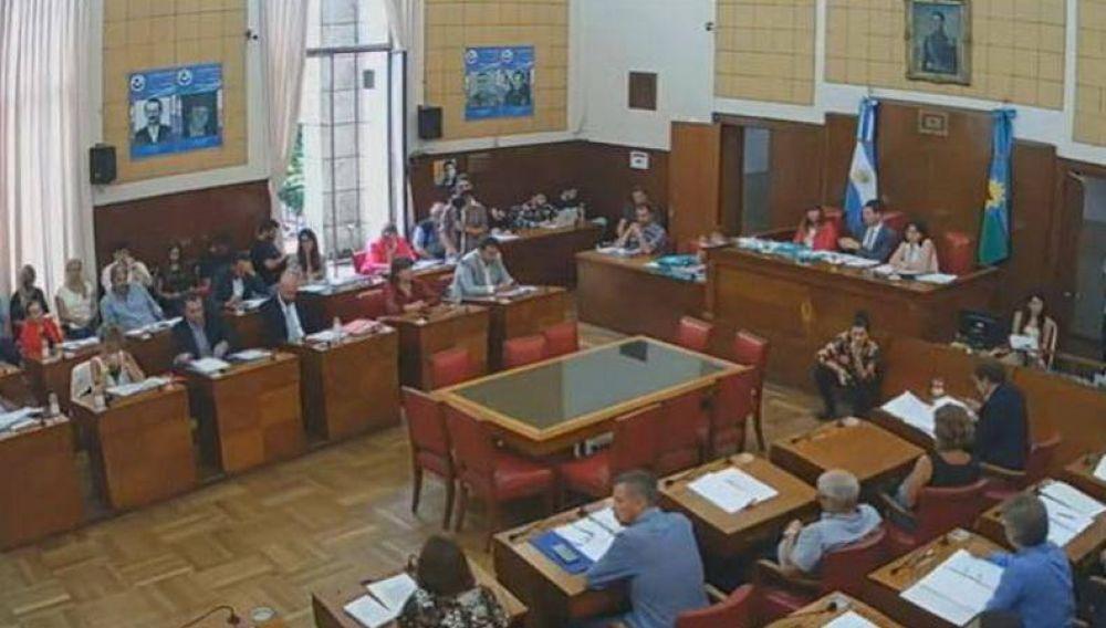 """Guillermo Montenegro ganó el primer round: Concejales le dieron el """"visto bueno"""" al aumento de tasas"""