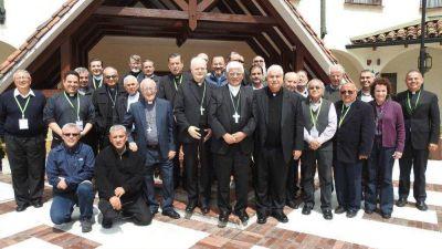 CELAM presenta avances de renovación y reestructuración a Obispos Colombianos