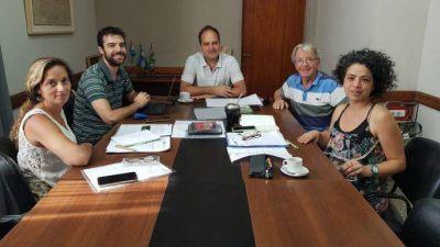 Navarro: Maggiotti recibió a integrantes del Ministerio de Producción