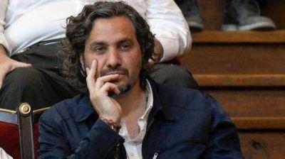 """El kirchnerismo duro cruza a Santiago Cafiero e insiste con que hoy """"hay presos políticos"""""""