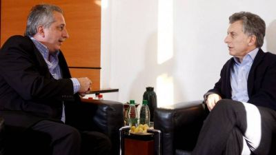 El polémico contrato que Macri y Misiones firmaron con Air Europa