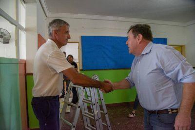 Montenegro confirmó la firma del convenio para reparar escuelas provinciales