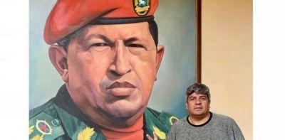 Pablo Moyano viajó a Venezuela para reunirse con diputados chavistas y participar de una marcha
