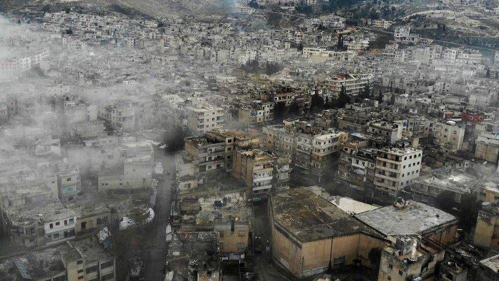 El Papa llama a la comunidad internacional a diálogo y negociaciones por Siria