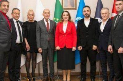 El Embajador argentino visitó la Confederación Internacional de Inversiones y Negocios de Turquía