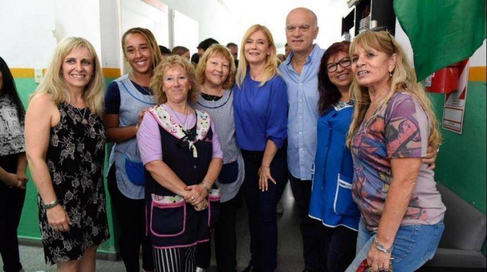 Magario y Grindetti visitaron una escuela en Lanús