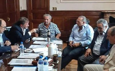 Con el objetivo en el trabajo conjunto, intendentes radicales se reunieron con Berni