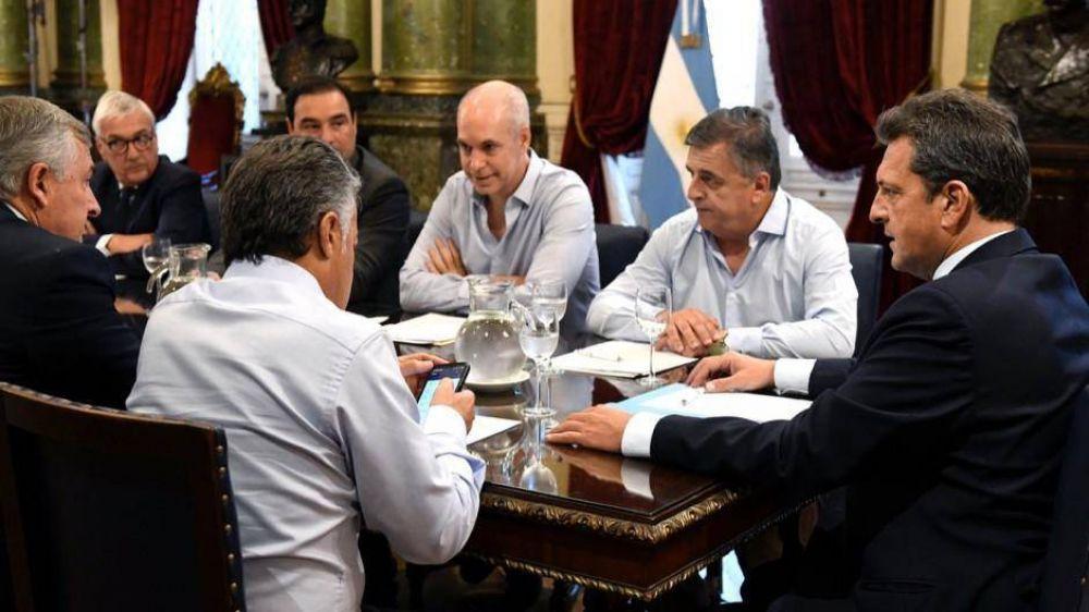 Las provincias no descartan recurrir a las cuasimonedas si la renegociación de la deuda se dilata