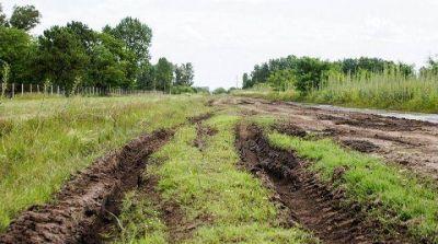 Luján | Denuncian desvío de fondos de la reparación de caminos rurales