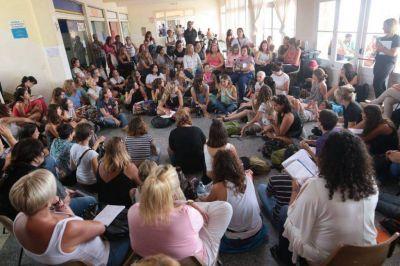 Más de 500 personas debaten en el foro contra la violencia de género